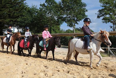 Centre équestre Mané Guernehué cours d'équitation et balades