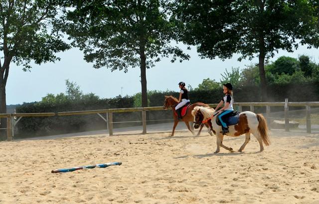 Mané Guernehué riding school