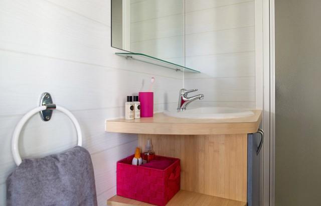 Salle de bain du cottage Dolmen