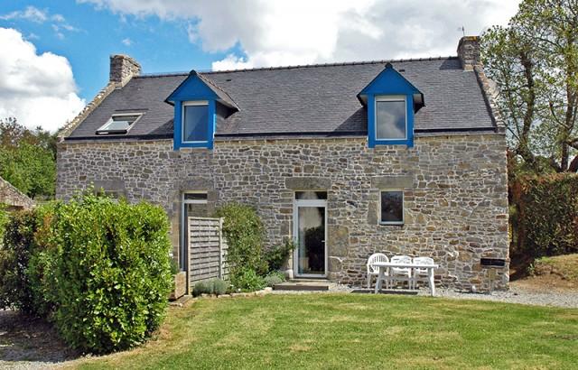 Terrasse et jardin privatifs pour le gîte l'Ecurie