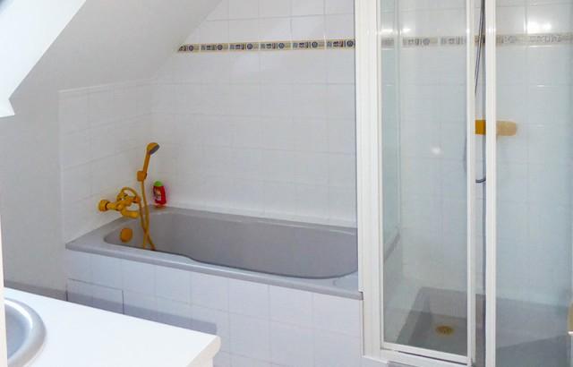 Salle de bain du gîte La Chapelle