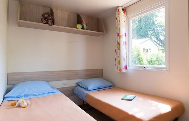Chambre avec 2 lits simples du cottage Méditerranée