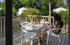 Petit déjeuner en terrasse couverte