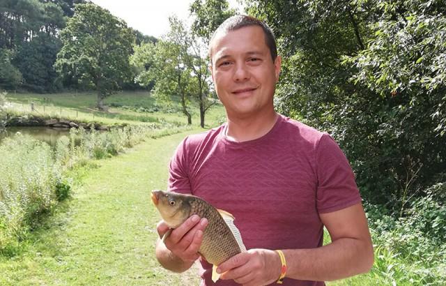 Pêche fructueuse en étang