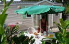 Salon de jardin et parasol pour le cottage Penty