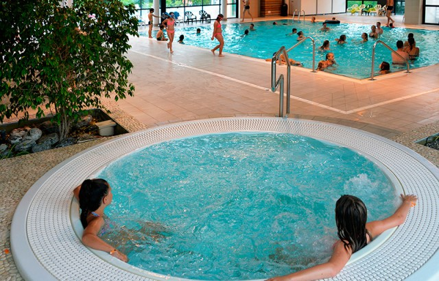 Jaccuzzi in the indoor swimming pool complex