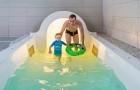 Arrivée du toboggan de la piscine couverte