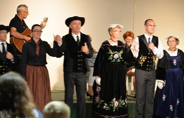 Bal breton costumé