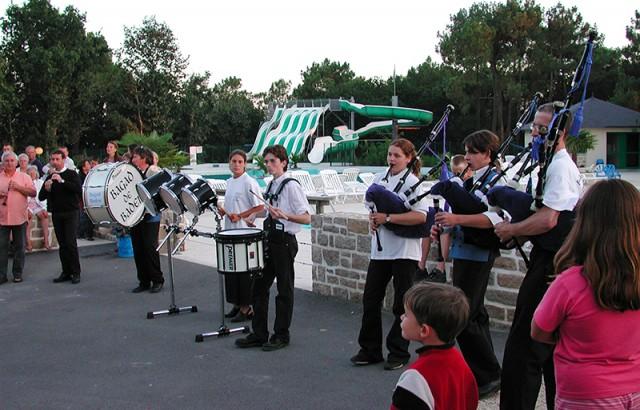 Musique bretonne par le Bagad de Baden