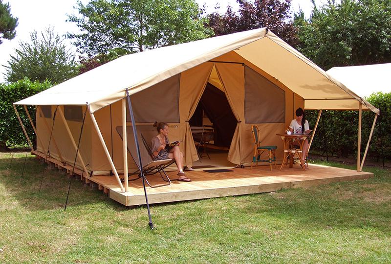 Tent safari personen camping in baden