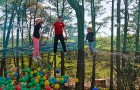 Trampoforest au parcours accrobranche