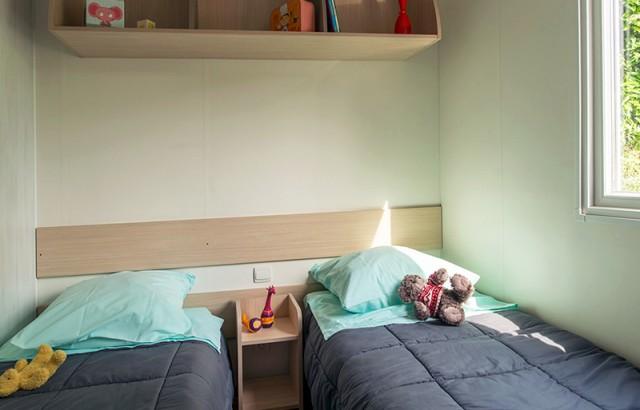 Chambre avec 2 lits simples 70 cottage Family