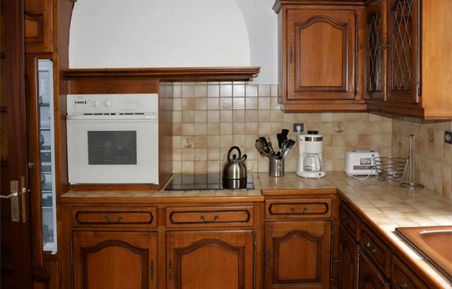Cafetière électrique, grille-pain, four micro-ondes...