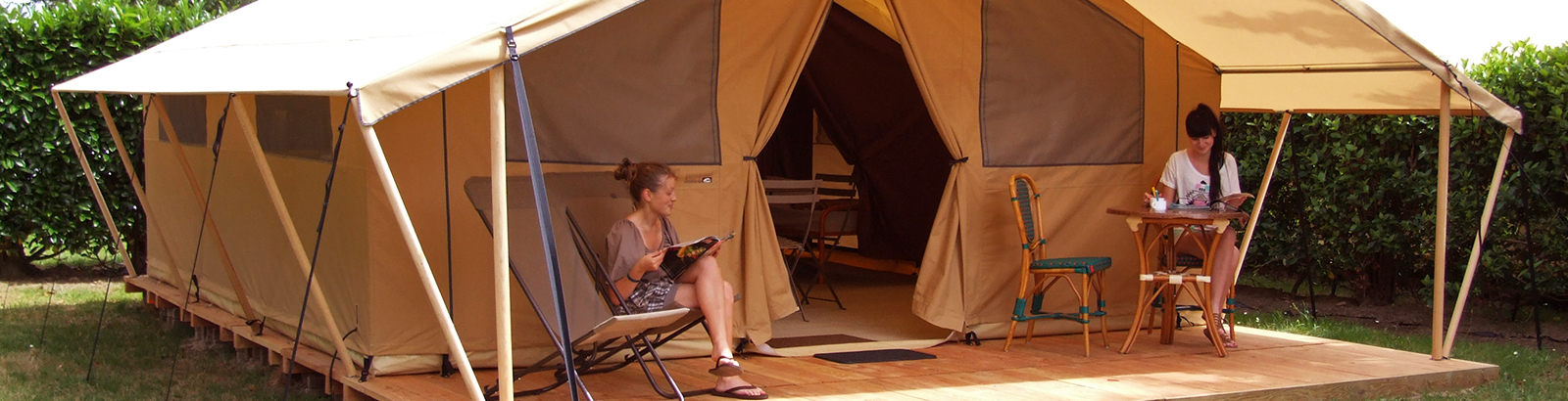 Comfortable camping holidays in a Safari furnished tent