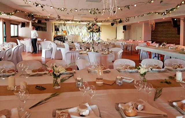 Salle de réception : mariage, anniversaire, cousinade...