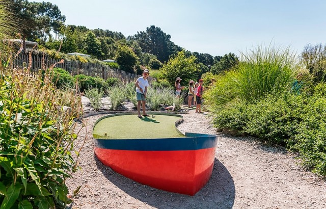 Mini-Golf à Mané Guernehué