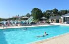 Natation à la piscine
