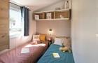 Chambre avec 1 lit simple et 1 lit gigogne escamotable
