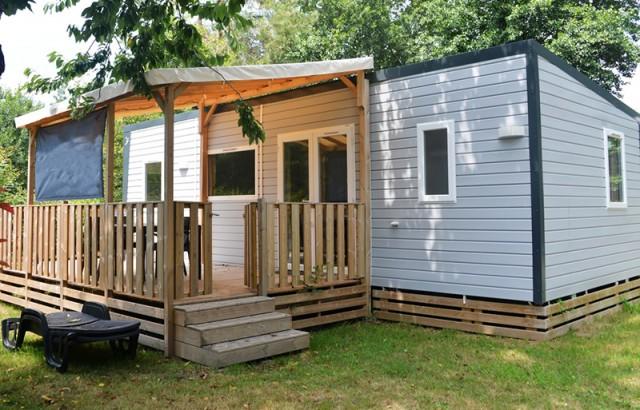 Cottage Berder et sa terrasse semi-couverte fermée